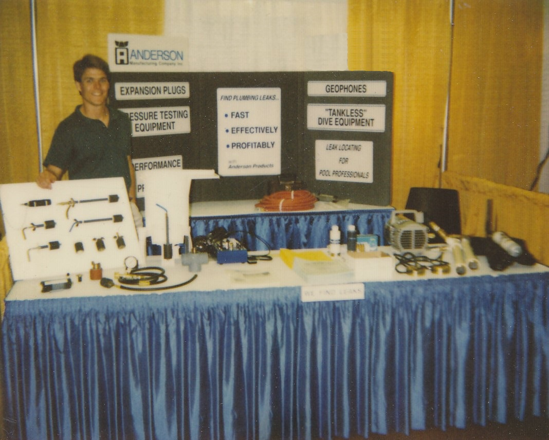 Lance at one of his first tradeshows.